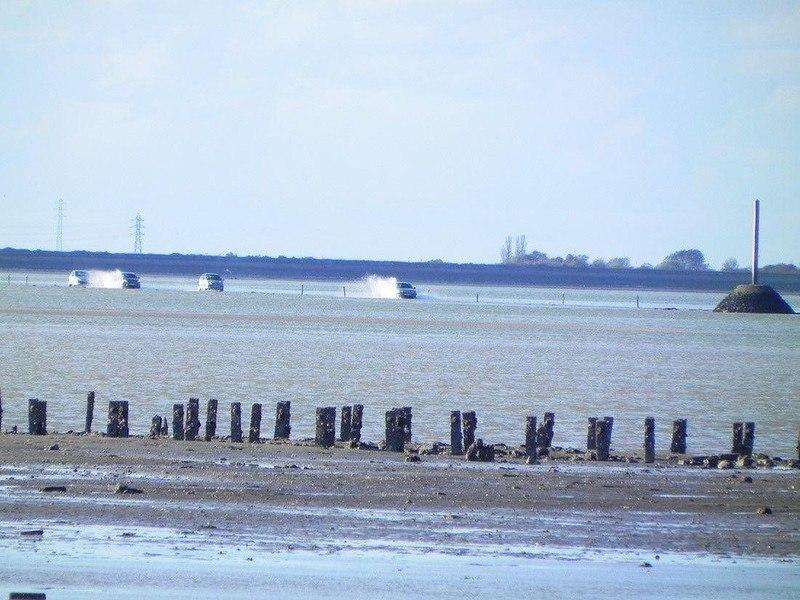 UyXsCBhPor4 - Passage du Gois - самая длинная подводная автомобильная дорога