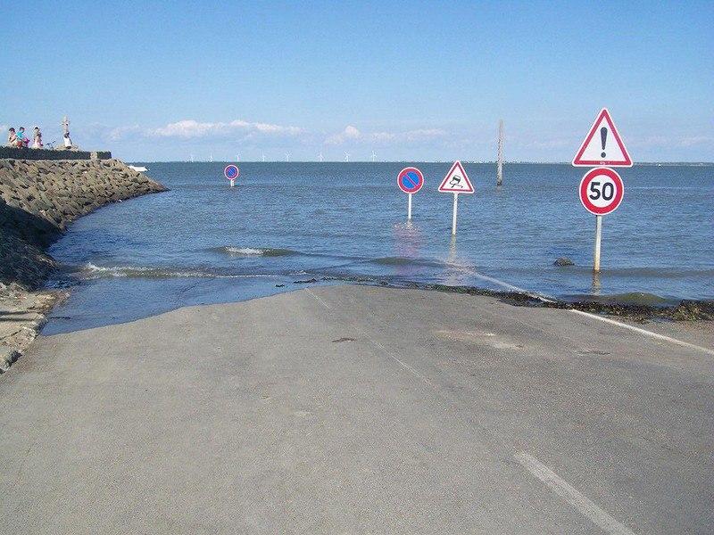 7KEb3p8vbGI - Passage du Gois - самая длинная подводная автомобильная дорога