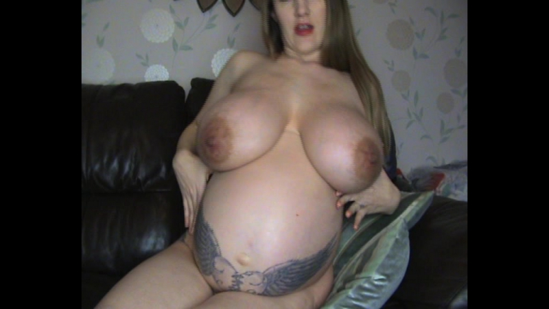 Lady loves pregnant nikki porn sexual nude blowjobs