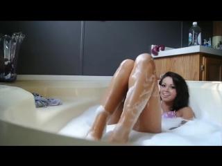 Bathroom Dance Girl