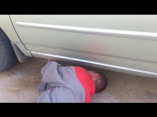Как открыть Тойоту Короллу без ключа