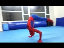 AMAZING SPIDERWOMAN / FLIPS AND KICKING