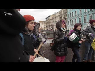 Несогласованная демонстрация феминисток в Санкт-Петербурге