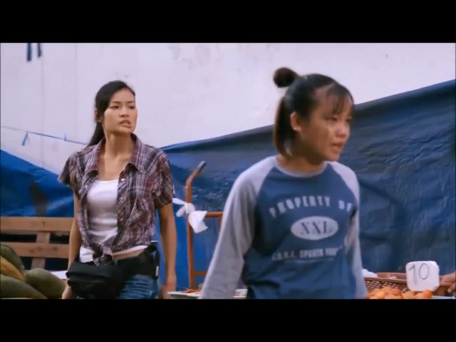 Sasisa Jindamanee: Muay Thai Giant (Fight Scene)