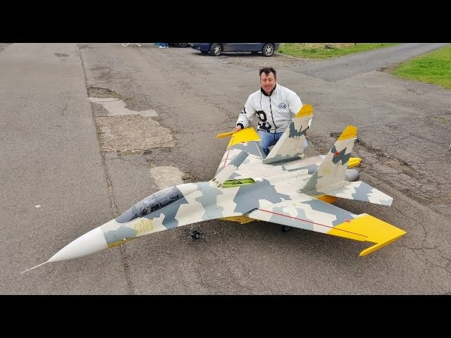 MAIDEN GIANT 1/6 SCALE RC CARF SUKHOI SU-27 FLANKER - DAVE STEVE - LONG MARSTON 1 - 2017
