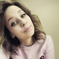 Анна Зорина