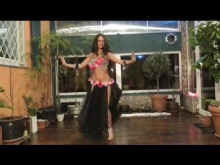 Belly dancer Isabella - Amr Diab - Habibi ya nour el ein_improvisation _ حبيبى يان