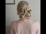 Коса на резиночках и получается красивая прическа