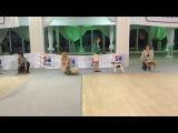 Taffy at the dog show Foxterrier Фокстерьер Тэффи на выставке )