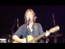 Chris Norman with a little bit Stumblin`In and a full Mistral Moonlight