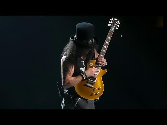 Johnny B Goode (Slash Guitar Solo) Guns N Roses@Wells Fargo Center Philadelphia 10/8/17