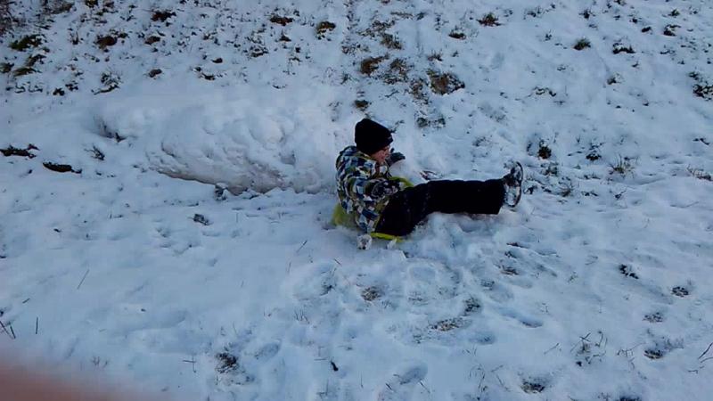 Воскресенье,а это значит я провожу свой день с моей любимой семьёй 💕💕💕 Германия 🇩🇪 -3 градуса мороза❄❄❄❄,скользко,много снега,р