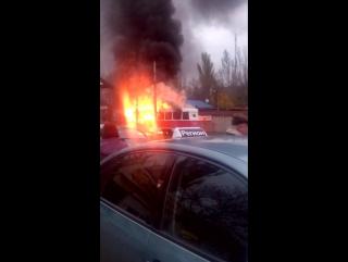 Горит трамвай Донецк 27 10 2017