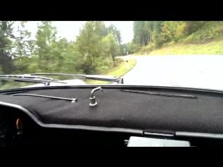 #WalterRöhrl in a classic #porsche 911 #RSR at the Roßfeldrennen