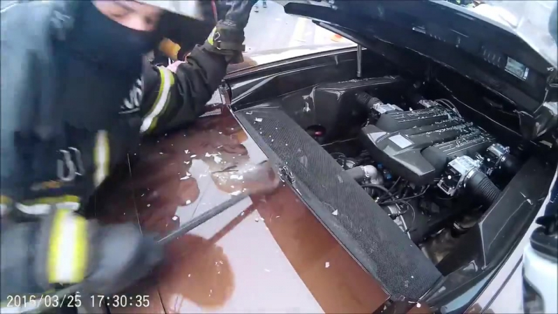 Авария на Варшавском шоссе. Lamborghini Яндиева. 25.03.16. Съемка камерой на шлеме хруста. 18