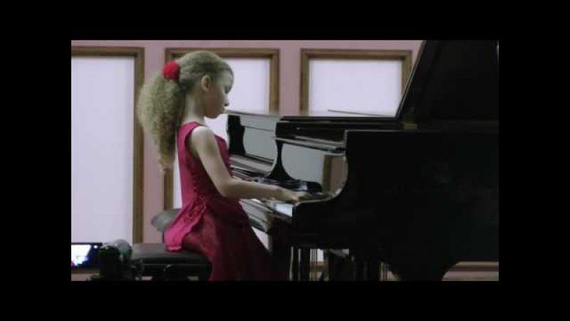 12.12. - 13.12.2012 V. Kutuzova performance at the VI A. Artobolevskaya International Competition
