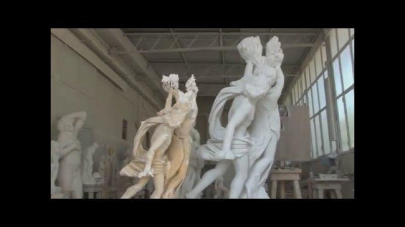 Frilli Gallery 1860 The Carving of a marble block Apollo Daphe replica after Lorenzo Bernini