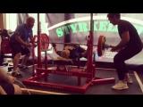 Кэтрин Хоасс жмет 162,5 кг