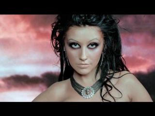 клип Christina Aguilera - Fighter [Remastered]  Награда: Премия «Джуно» в номинации «Лучшее видео года»