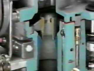 Обучающее видео Toyota.Топливная система (карбюратор)