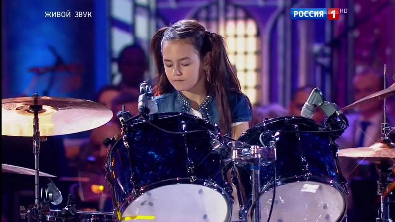 Девочка на ударных конкурс синяя птица