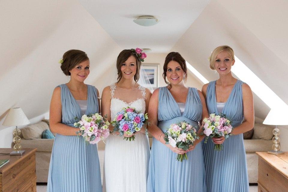FgHXd0 SFxM - Настоящая шотландская свадьба на острове (150 фото)