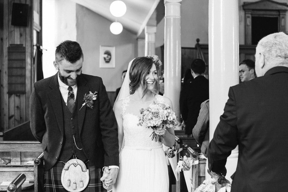 Fkq0j3BD8fE - Настоящая шотландская свадьба на острове (150 фото)