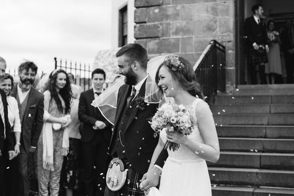 EqaxDXCbf2s - Настоящая шотландская свадьба на острове (150 фото)
