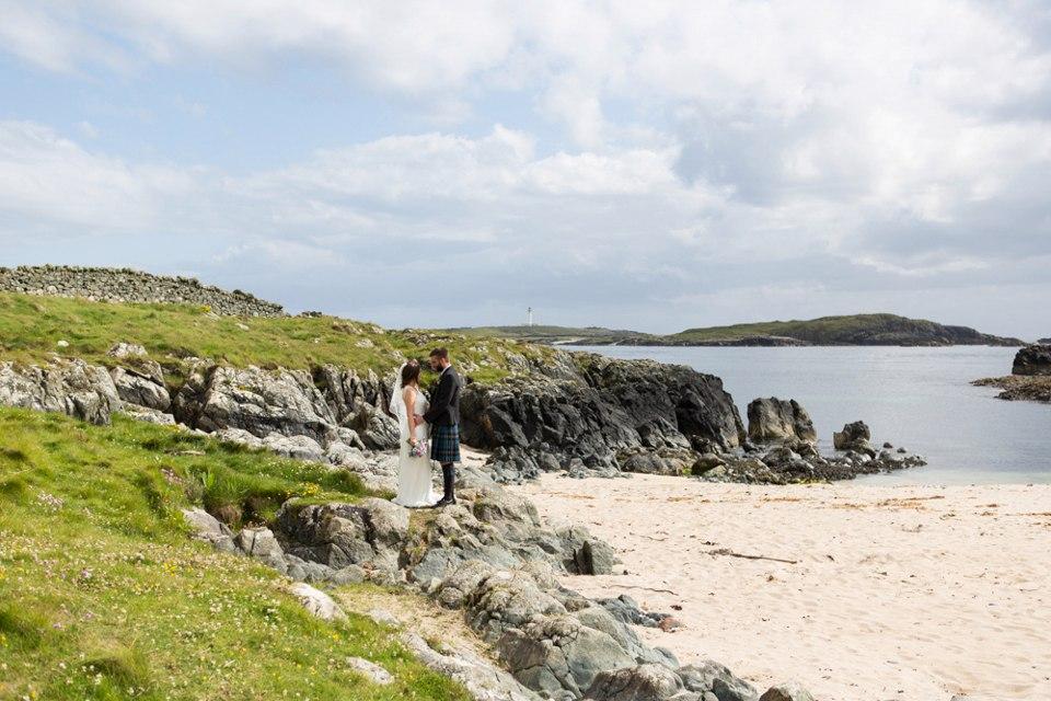 cQ 9 JyWrTQ - Настоящая шотландская свадьба на острове (150 фото)