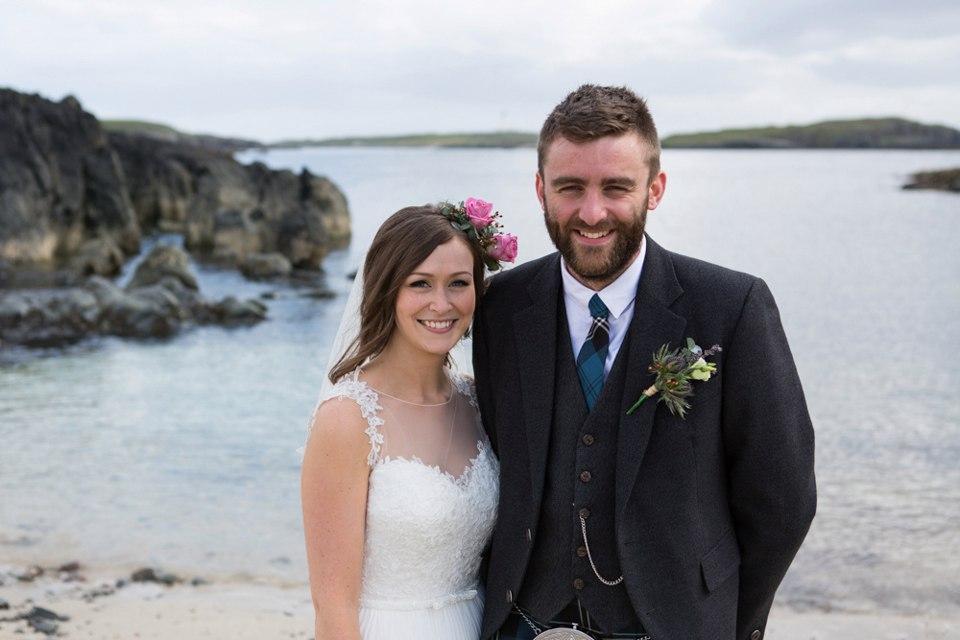 JX FHBP2SQ4 - Настоящая шотландская свадьба на острове (150 фото)