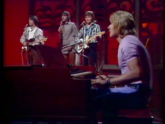 Paul Revere The Raiders - Indian Reservation 1971