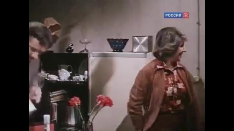 К кому залетел певчий кенар. 1980.(СССР. фильм- молодежная киноповесть)