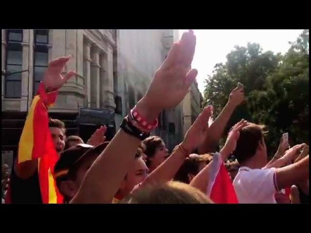 Spaniards sing Cara al Sol(Facing the Sun) in Madrid during Catalan Referendum 10/1/17