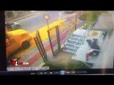 Бразильские охранники притворяются мертвыми во время ограбления