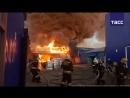 Пожар на складе лакокрасочных материалов в Волгограде