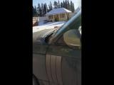 Владелец нового Range Rover из-за поломок побил его топором