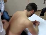 Как правильно делать массаж межлопаточной области, шеи, воротниковой зоны и плечевого пояса