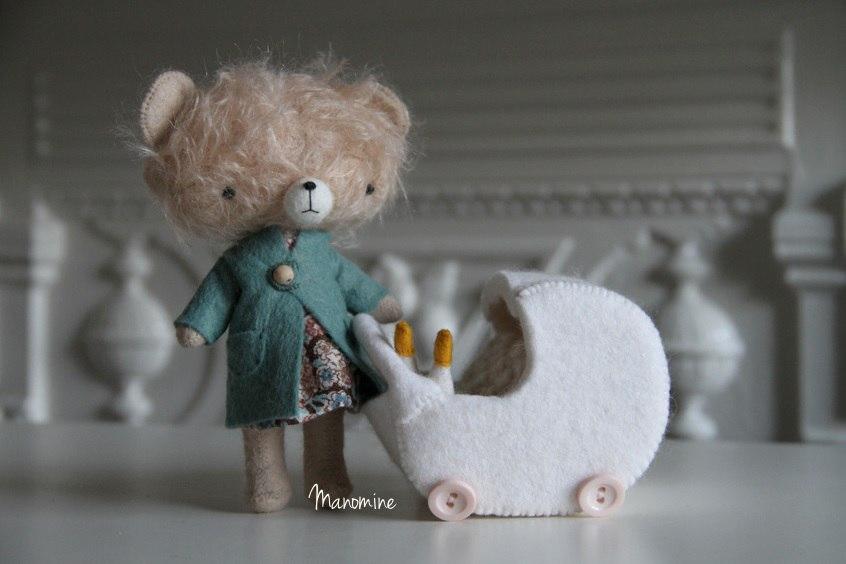 мишка с коляской
