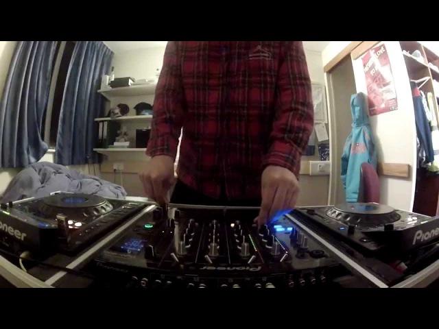 Liquid Drum Bass Mix (28th Jan 2014) Pioneer CDJ-900 DJM-800 - Franklin
