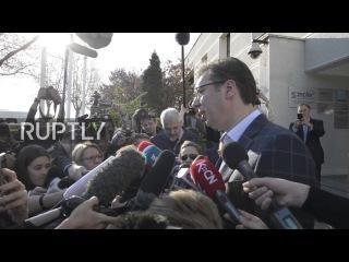 Сербия: Премьер-Министр Вучич подаёт бюллетень для участия в президентских выборах.