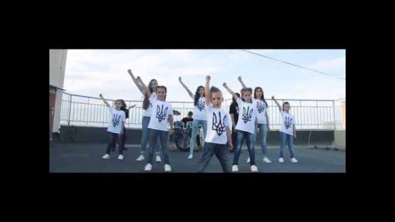 Гімн України у виконанні дітей учасників Вокальної студії Little Blues Rock version