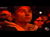 Justin Bieber crying during The Weeknd performance at AMA 2015