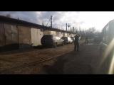 Скакал через трос от лебедки)))