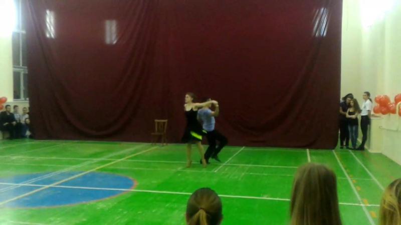 Студия бального танца Триумф джайв в исполнении Сарсенова Чингиса и Курашкиной Елизаветы