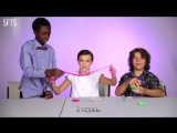 "[RUS SUB] The Cast of ""Stranger Things"" Review Retro Toys"