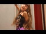 Девочка танцует и по т Вставай (360p).mp4