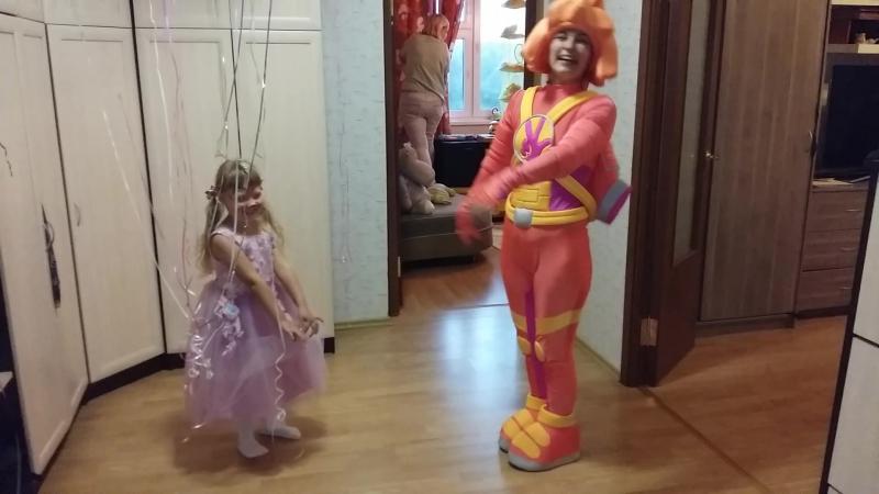 04-09-2017 Паравозик с Симкой на Настином дне рождения