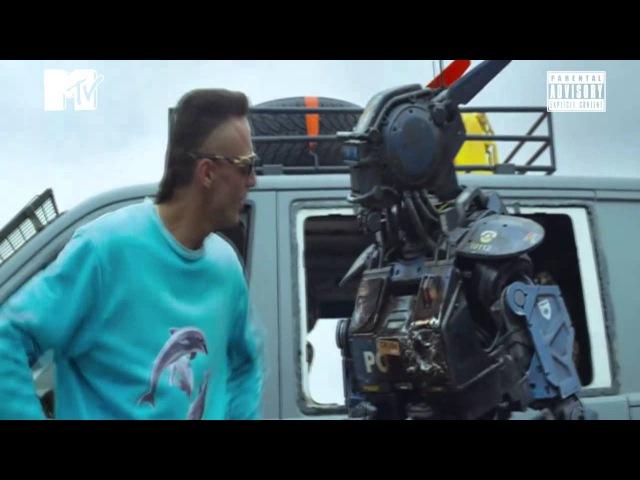 Die Antwoord Enter The Ninja CHAPPIE (Video Oficial HD)