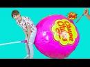 Режем огромный Чупа Чупс Giant Candy Chupa Chups. BALLOON POP CHALLENGE!