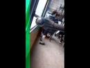 Обдолбанная девушка в автобусе в Саратове